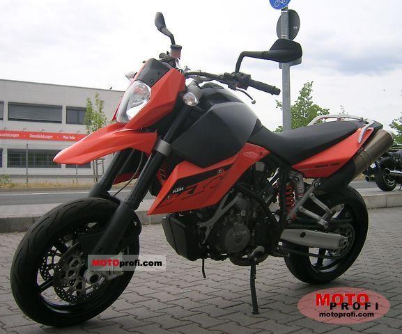 KTM 990 Supermoto 2009 photo