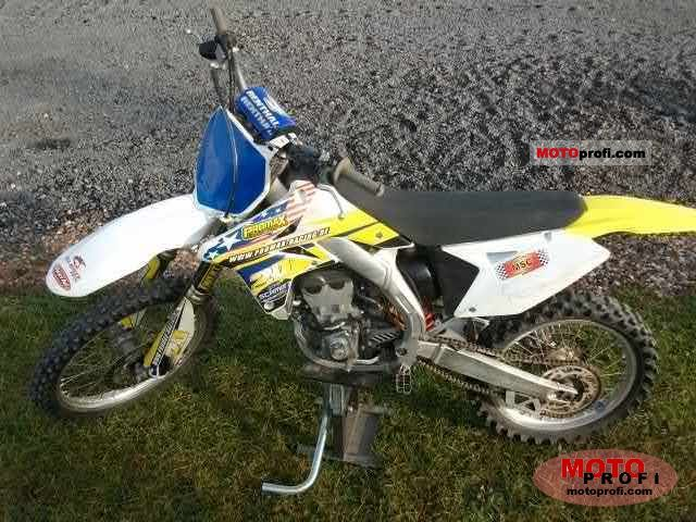 Suzuki RM-Z250 2009 photo