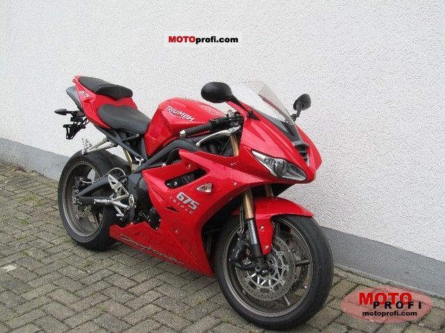 Triumph Daytona 675 2009 photo