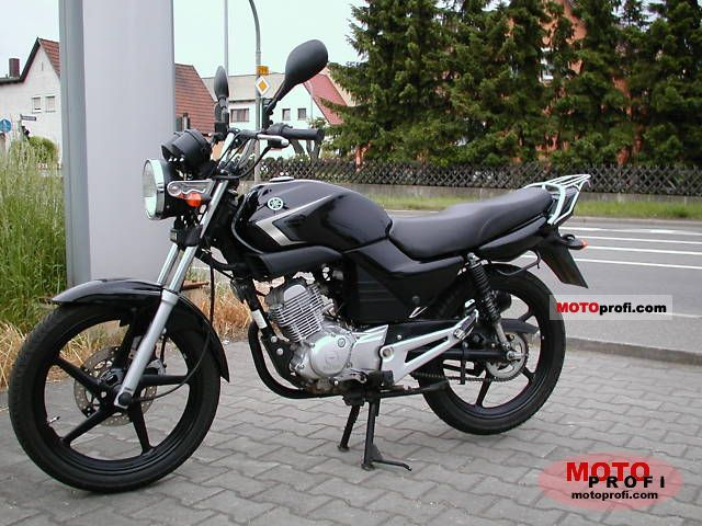 Yamaha YBR125 2009 photo