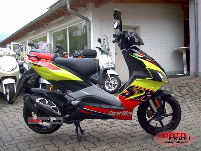 aprilia sr 50 r 2010 specs and photos. Black Bedroom Furniture Sets. Home Design Ideas
