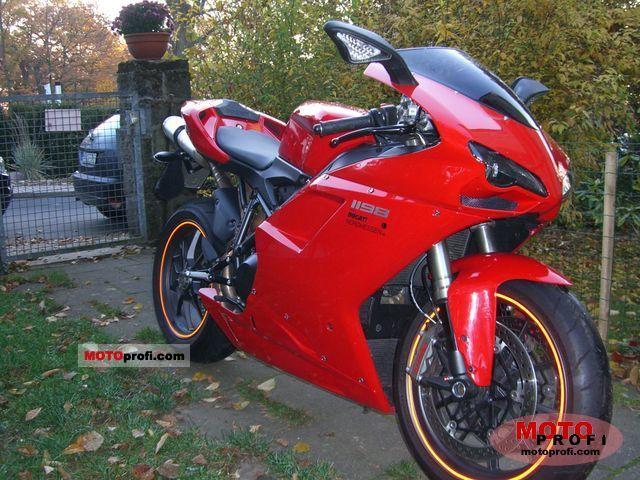 Ducati 1198 2010 photo