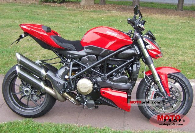 Ducati Streetfighter 2010 photo