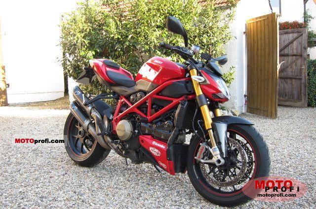 Ducati Streetfighter S 2010 photo