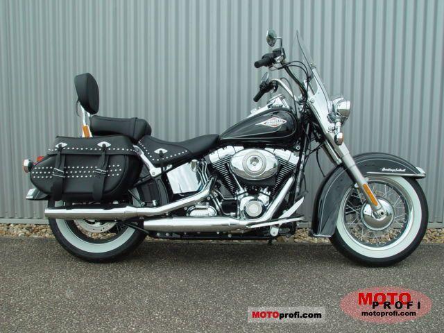 Harley-Davidson FLSTC Heritage Softail Classic 2010 photo