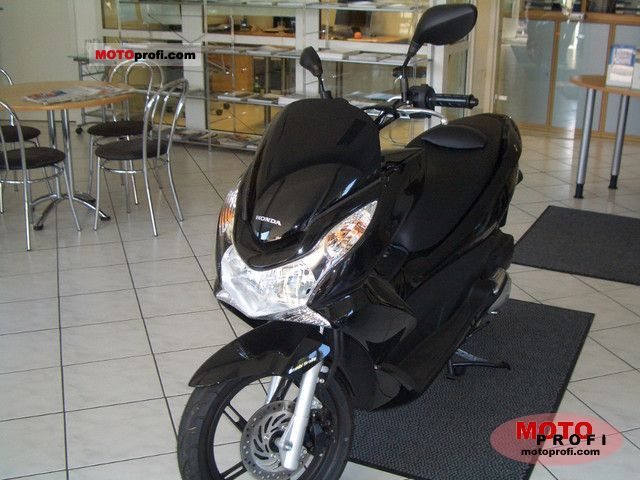 Honda PCX 2010 photo