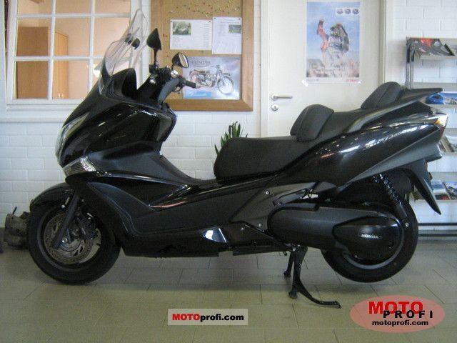 Honda Silver Wing 2010 photo