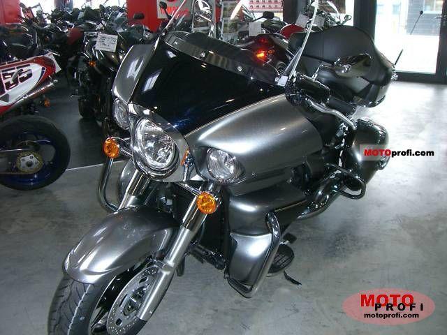 Kawasaki VN 1700 Voyager 2010 photo