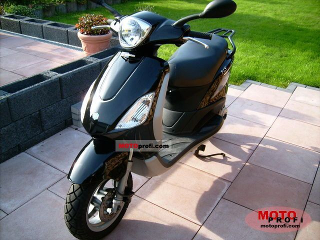 piaggio fly 50 2010 specs and photos