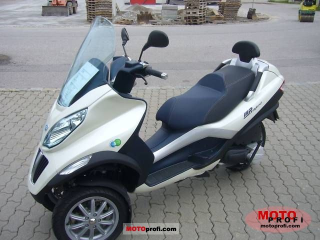 piaggio mp3 hybrid 125 2010 specs and photos. Black Bedroom Furniture Sets. Home Design Ideas