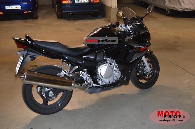 Suzuki GSX650F 2010 photo