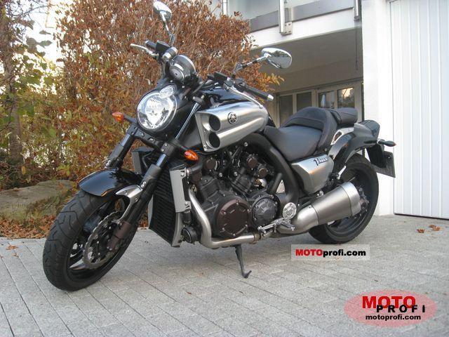 Yamaha VMAX 2010 photo