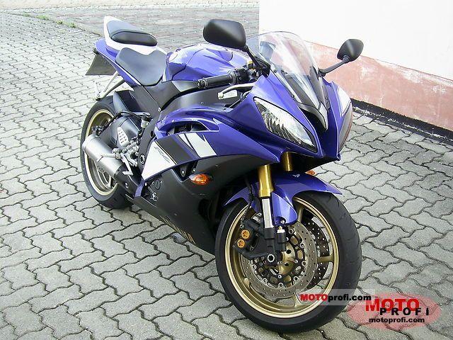 Yamaha YZF-R6 2010 photo