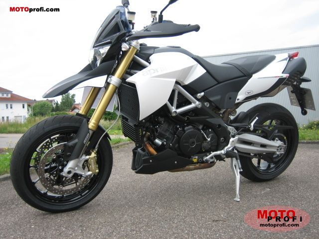 Aprilia Dorsoduro 1200 ABS 2011 photo