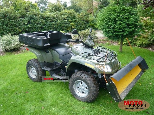 Arctic Cat 700 2011 photo
