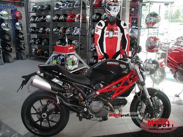 Throttle Locks For Motorcycles