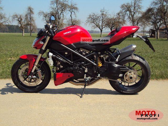 Ducati Streetfighter 2011 photo