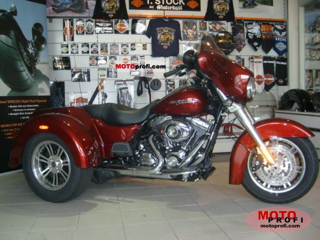 Harley-Davidson FLHXXX Street Glide Trike 2011 photo