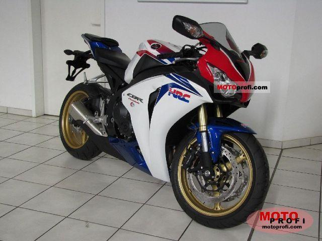 Honda CBR1000RR 2011 photo