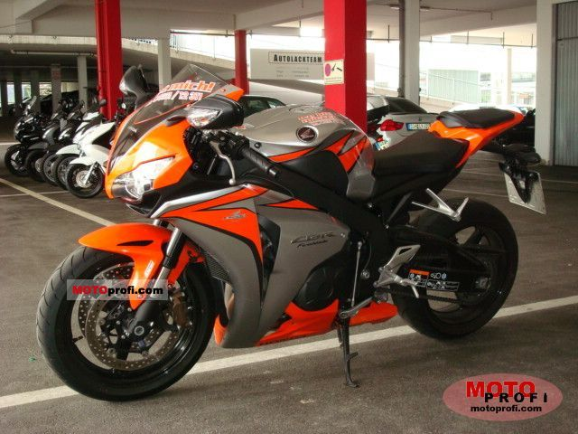 Sensational Honda Cbr1000Rr Abs 2011 Specs And Photos Inzonedesignstudio Interior Chair Design Inzonedesignstudiocom