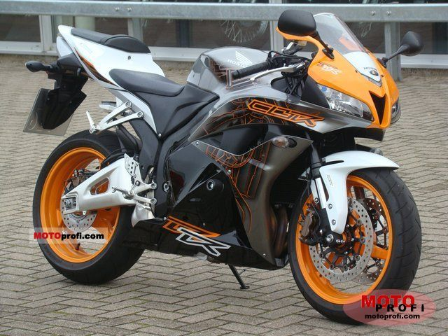 Honda CBR600RR ABS 2011 photo
