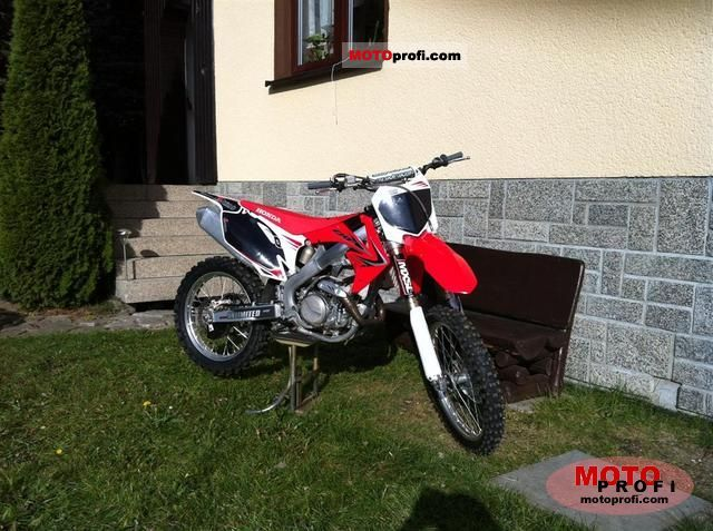Honda CRF450R 2011 photo