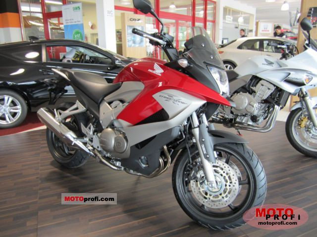 Honda Crossrunner 2011 photo