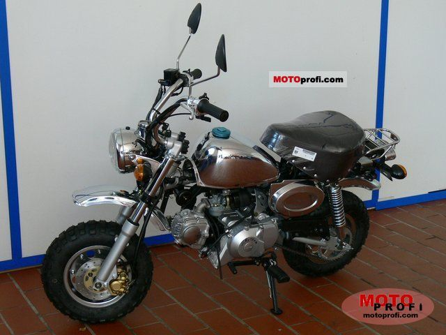 Honda Monkey 50 2011 photo
