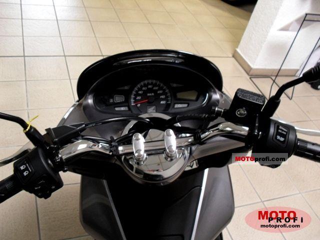 Honda Pcx 2011 Specs And Photos
