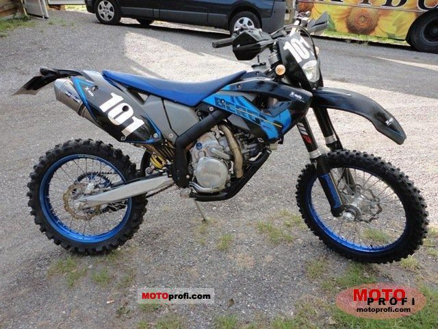 Husaberg FE 570 2011 photo