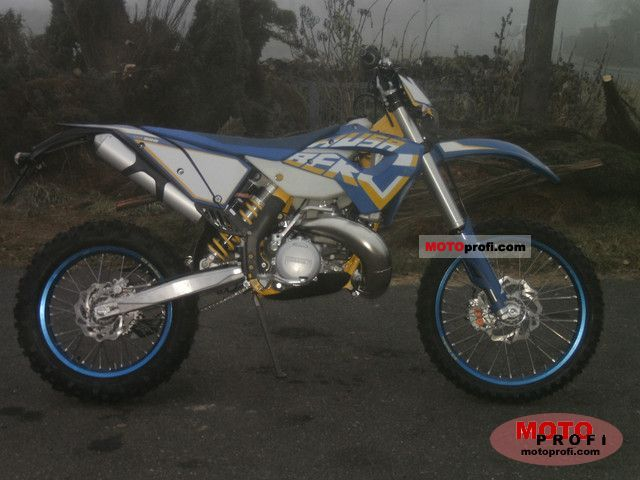 Husaberg TE 250 2011 photo