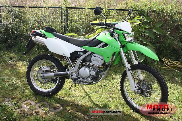 Kawasaki KLX 250 2011 photo
