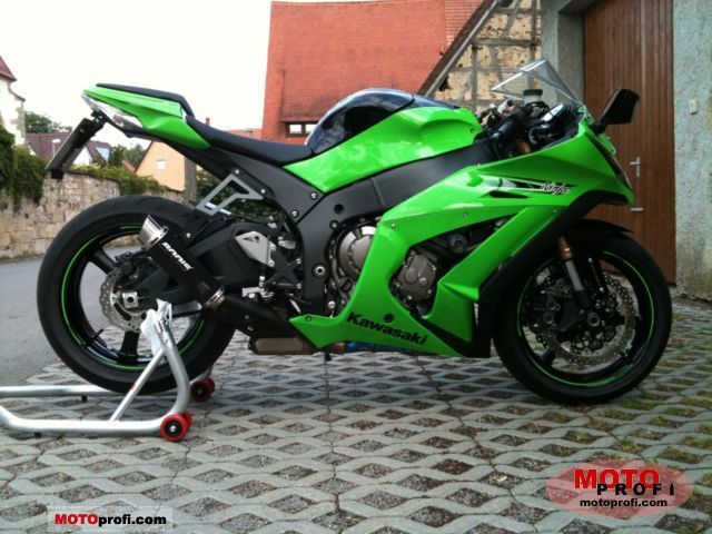 Kawasaki Ninja ZX -10R ABS 2011 photo