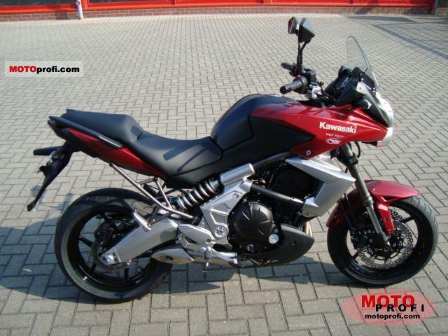 Kawasaki Versys 2011 photo