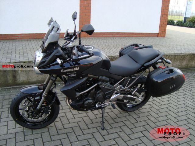 Kawasaki Versys Tourer 2011 photo