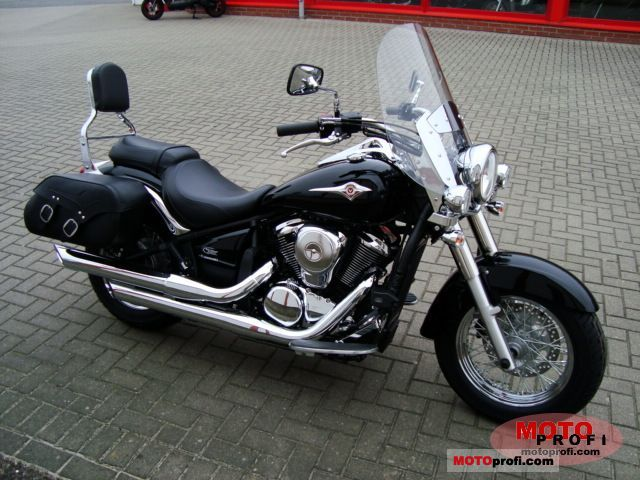 Kawasaki VN 900 Light Tourer 2011 photo