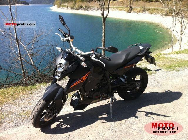 KTM 690 Duke 2011 photo