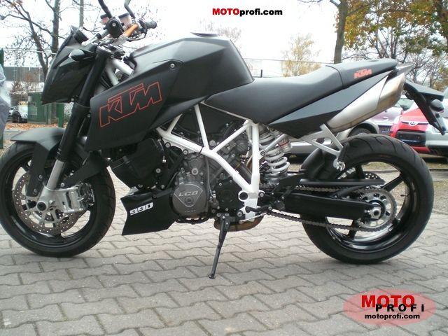 KTM 990 Super Duke 2011 photo