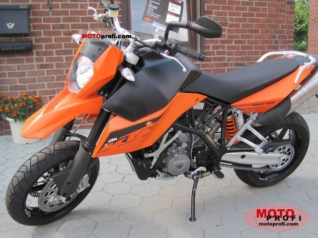 KTM 990 Supermoto 2011 photo