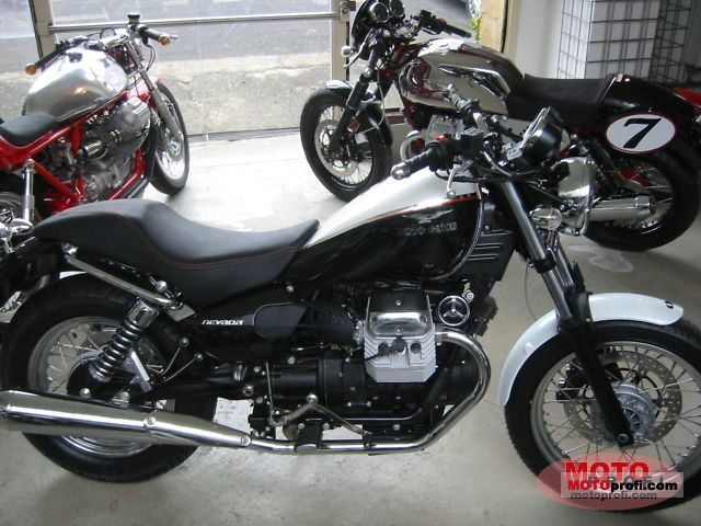 Moto Guzzi Nevada 750 Anniversario 2011 photo