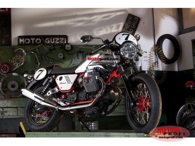 Moto Guzzi V7 Racer 2011 photo