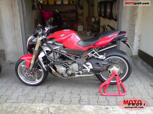 MV Agusta Brutale 2011 photo
