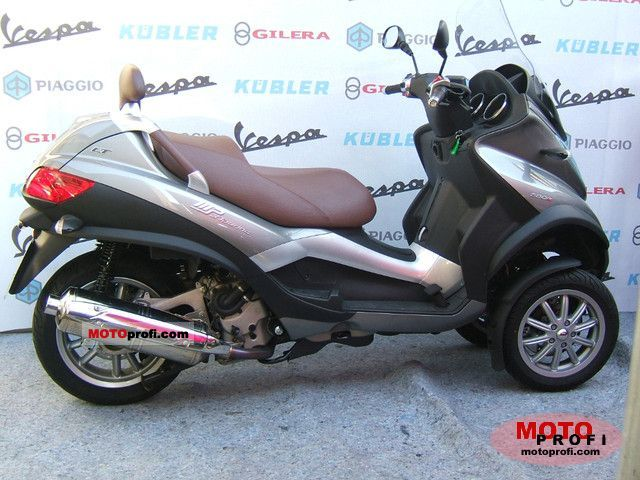 Piaggio MP3 500 2011 photo