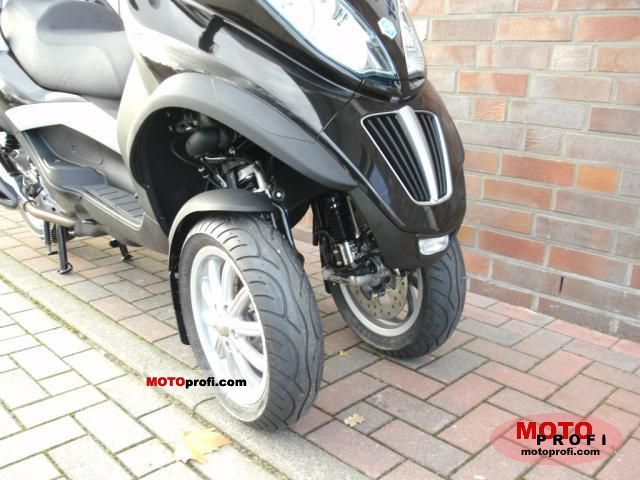 Piaggio MP3 LT 2011 photo