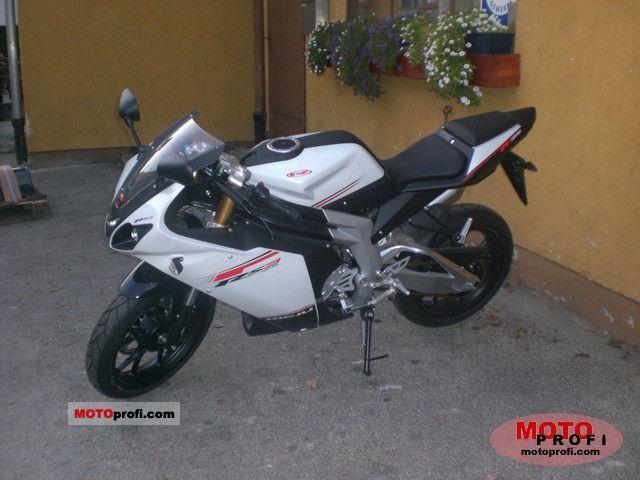 Rieju RS3 125 2011 photo