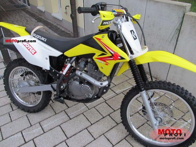 Suzuki DR-Z125 2011 photo