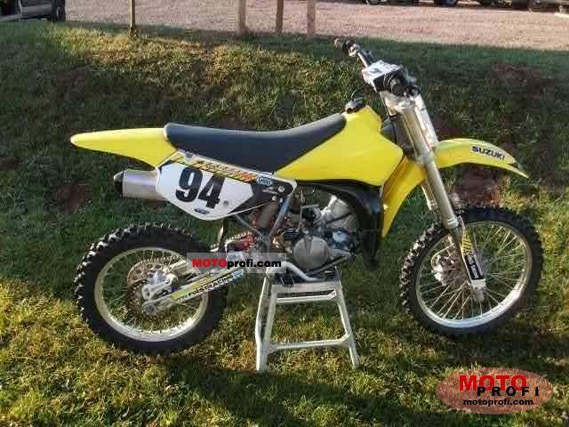 Suzuki RM85 2011 photo