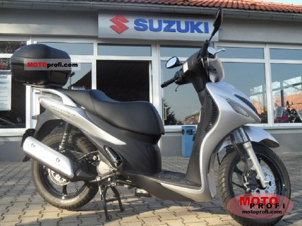 Suzuki Sixteen 2011 photo