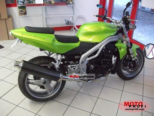 Triumph Speed Triple 2011 photo