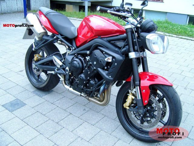 triumph street triple r 2011 specs and photos. Black Bedroom Furniture Sets. Home Design Ideas